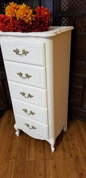 Beautiful Tall Dresser ( PICKUP ONLY ) for Sale in Whittier, CA