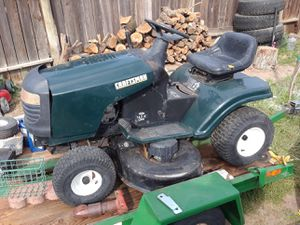 Craftmans ride along lawn mower $600 for Sale in McFarland, CA