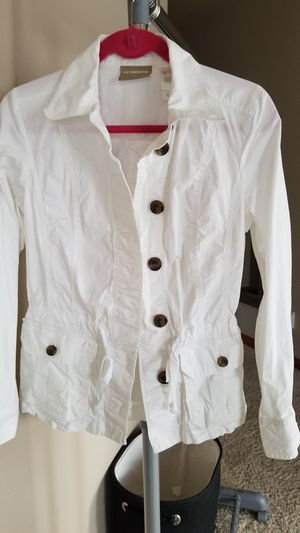 Casual white JACKET for Sale in Tacoma, WA