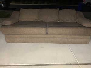 Brown couch for Sale in Surprise, AZ
