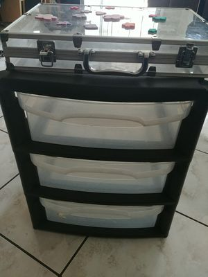 3 drawer plastic storage used, in very good condition and clear case for Sale in Anaheim, CA