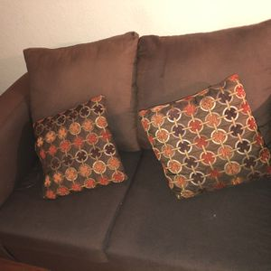 2pcs Multi Color Brown Sofa And Loveseat for Sale in Humble, TX