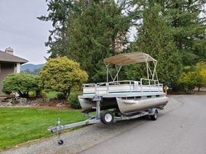 Pontoon boat for Sale in Renton, WA