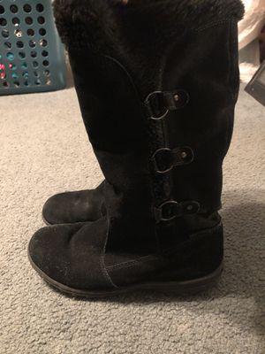 Khombu Winter boots for Sale in Warrington, PA