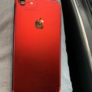 Red iPhone 7 128gb No Cracks for Sale in Peoria, IL