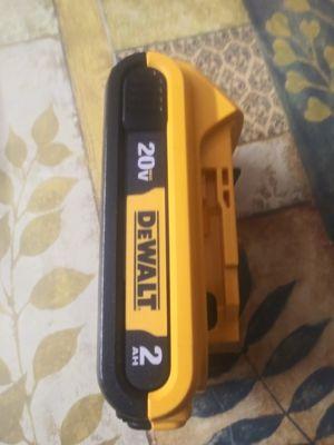 20 b batería dewalt 2.0 ah for Sale in Midlothian, IL
