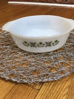 Vtg Anchor Hocking Fire King 1 1/2 Qt Milk Glass Casserole Dish for Sale in French Creek,  WV