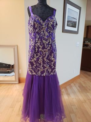 Prom Dress, Evening Gown, Homecoming Dress for Sale in Coupeville, WA