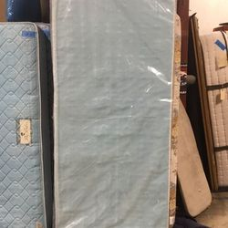 Extra Long Twin Box Spring for Sale in Chula Vista,  CA