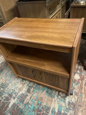 N173 Media Cabinet with 2 drawers and pullout shelf for Sale in Mendon, MA