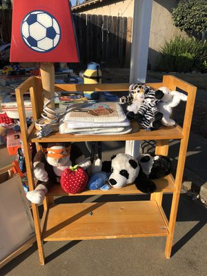 Book shelf for Sale in Valley Home, CA