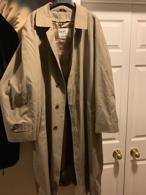 """Man Raincoat long size """"Large """" and long.. for Sale in Manassas, VA"""