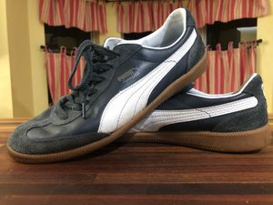 Puma Suede Soccer, Futsal, Indoor Shoes, Mens 10.5 for Sale in Odessa, FL