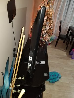 60 inch panazonic (no smart tv) for Sale in Azusa, CA