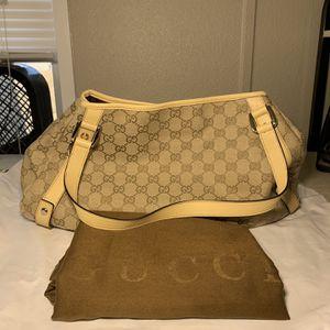 Gucci Abbey Shoulder Bag GG Canvas Medium for Sale in Denver, CO