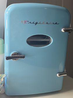 Mini Fridge for Sale in Silver Spring,  MD