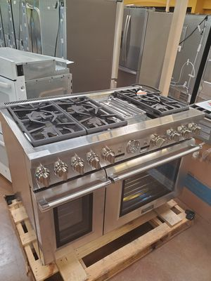 Thermador 6 Gas Burner with dual oven for Sale in Alta Loma, CA