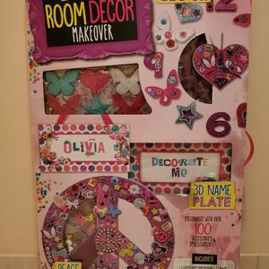 Create Your Own Room Decor Makeover Set for Sale in Hollywood, FL