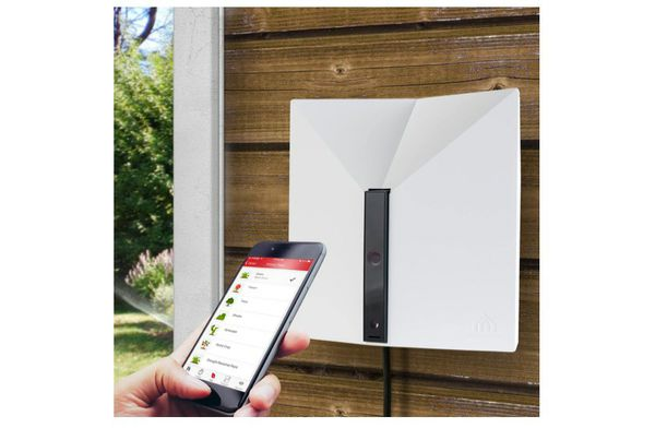 Aeon Matrix Yardian Indoor/Outdoor Smart Sprinkler Controller 8 Zone with HD Security Camera, Compatible with Alexa, EPA WaterSense Certified