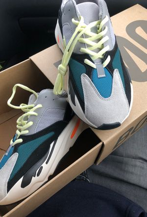 Size 9 yeezy boost 700 wave runner for Sale in Fort Washington, MD