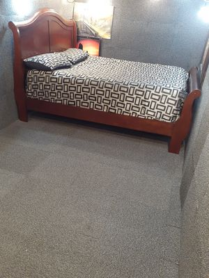 🌺Queen bed set🌺 for Sale in Oakland, CA
