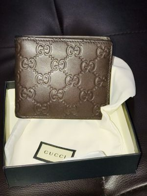 Gucci wallet for Sale in Los Angeles, CA