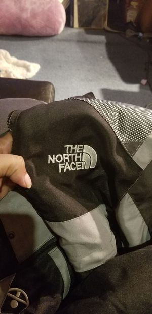 3x north face coat for Sale in Forest Heights, MD