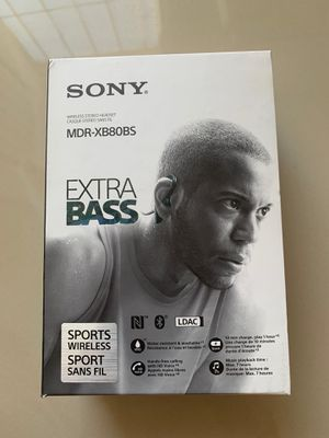 Sony Mdr-xb80bs extra bass wireless headphone for Sale in El Monte, CA