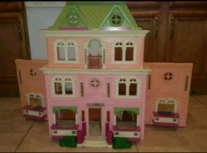 Doll house for Sale in Des Plaines, IL