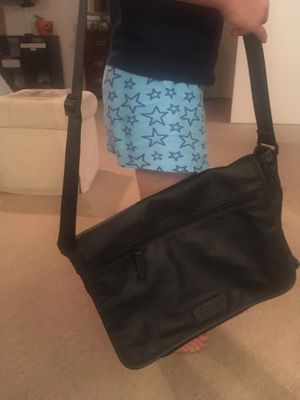 Kenneth Cole Reaction Black Leather Briefcase EUC for Sale in San Diego, CA