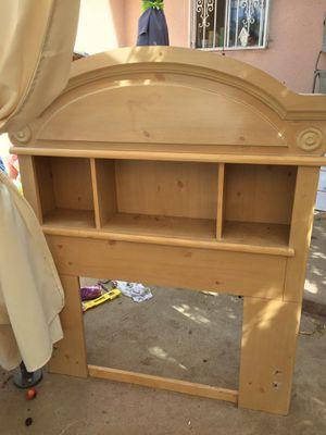 Twin mattress headboard bedroom set for Sale in Squaw Valley, CA