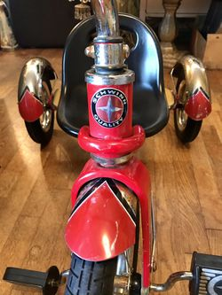 Schwinn Quality Roadster Tricycle- Classic Retro, Red & Black- Perfect for your little Evel Knievel! for Sale in Des Moines,  WA