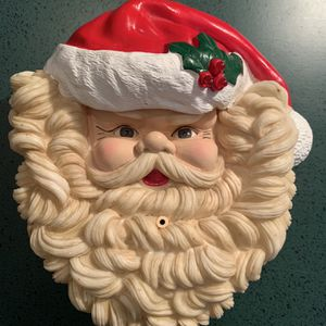 Santa Claus That Plays Music ( Wall Or Door Hanging) for Sale in Western Springs, IL