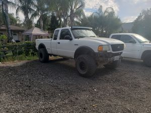 2001 ford ranger edge 4.0 4x4 on 33s sale/trade for Sale in Bloomington, CA
