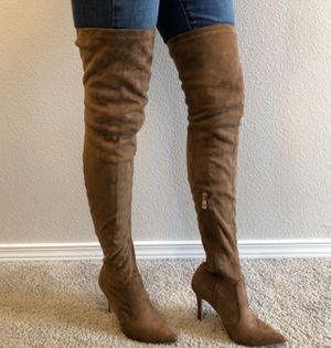 Cape Robbins thigh high boots for Sale in Saginaw, TX