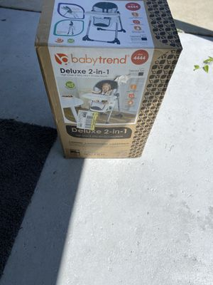 2 in 1 baby trend high chair for Sale in Melbourne, FL