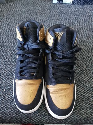 Size 6.5 jordan 1 for Sale in Whitehall, OH