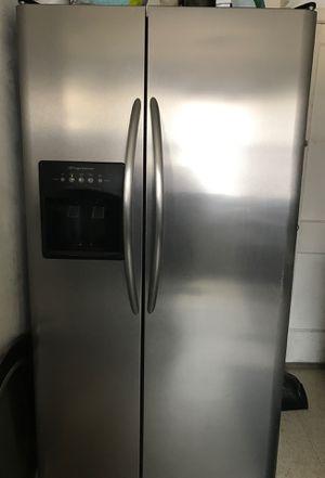 Refrigerator scrap metal free for Sale in Philadelphia, PA
