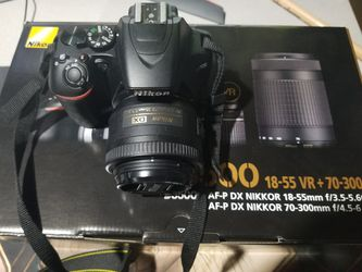 Nikon D3500 with 35mm lens for Sale in Mountlake Terrace,  WA