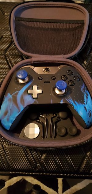 Xbox one elite controller for Sale in Central Falls, RI
