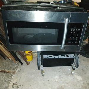 Samsung Microwave Brand New for Sale in Houston, TX