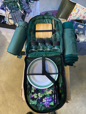 Picnic backpack for Sale in Lynnwood, WA
