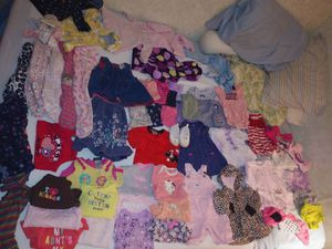 Giant bag full of baby girl clothes 3-6 months for Sale in Dade City, FL