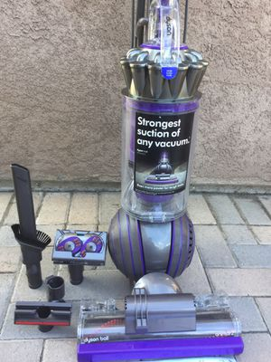 Dyson Ball Vacuum Cleaner for Sale in Fountain Valley, CA