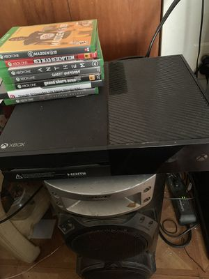 Xbox one 1tar trade for ps4 or sell for 230 with game and turtles beats headphones everything is working! for Sale in Philadelphia, PA