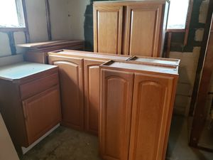 Kitchen Cabinets for Sale in Walton Hills, OH