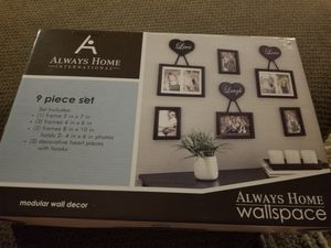 Picture frame set *new** for Sale in Selinsgrove, PA
