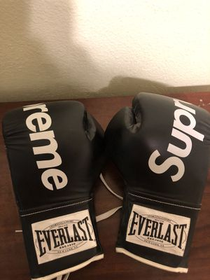 Supreme boxing gloves for Sale in San Jose, CA