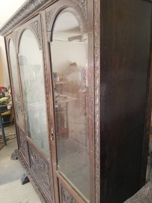 Antique Armoire for Sale in Cathedral City, CA