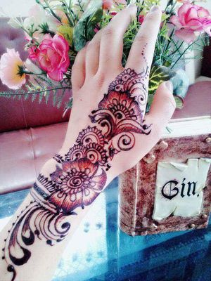 Henna or Temporary Tattoo for Sale in Falls Church, VA